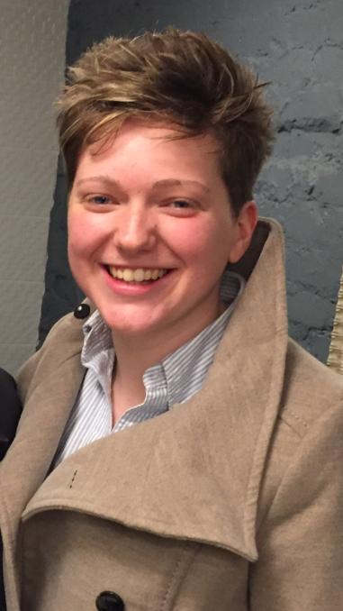 Sophie Bell Headshot